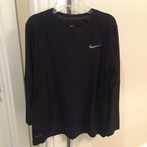 NIKE Womens XL dri fit long sleeve black